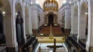 Video L'église Saint - Roch vue par le drone download MP3, 3GP, MP4, WEBM, AVI, FLV Agustus 2018