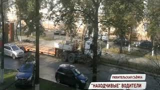 А давай по тротуару! Ярославские водители из-за пробки выехали на дорогу для пешеходов