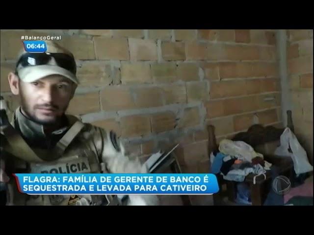 Bandidos amarram explosivos na cintura de gerente de banco