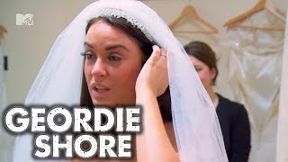 Geordie Shore, Season 4 | Vicky's Veil | MTV