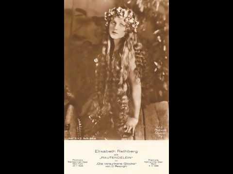 Soprano Elisabeth Rethberg : Die Fledermaus: Klänge Der Heimat ~ Czardas (1931)
