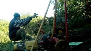 видео Скважина своими руками или самостоятельное бурение скважины ударно-канатным способом