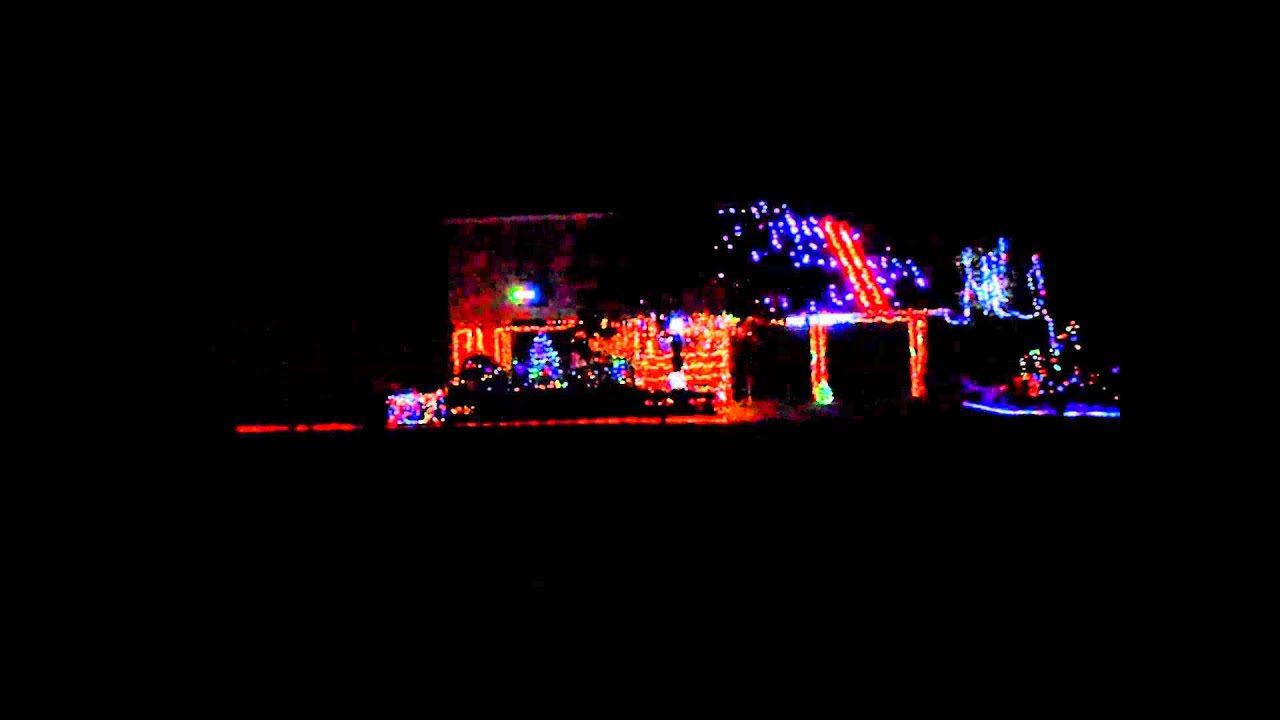 Snoopies Christmas 2015 Christmas Lights - YouTube