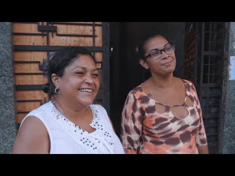 Right to housing in Brazil: Female activists occupy an empty building (Documentary 2/4)