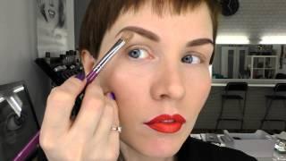 Анна Измайлова Урок макияжа: как нарисовать брови и стрелки