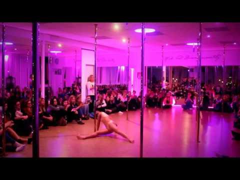 Pole Dance on Kings of Leon - Closer