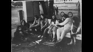Мир 70-80 годов, мир хиппи, из которого я вышла. Как в те времена жила золотая молодежь.