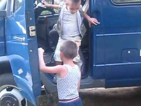 Армянские детки ( смешное видео) поймут только армяне