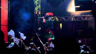 21 - Capleton - Toppa Tings - Live In Costa Rica 2010.avi