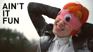 Paramore - Ain't it fun (Tradução PT-BR)