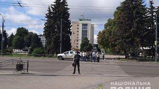 В украинском Луцке захвачен автобус с заложниками