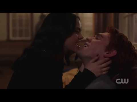 All Varchie (Veronica and Archie) kisses | Season 1-2