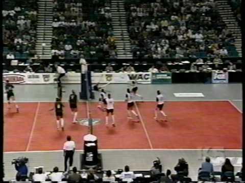 3 Wahine Volleyball g1