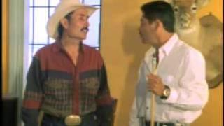 Repeat youtube video PELICULA : Chingon De Chingones - El Jefe Con Sus Pistoleros