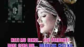 Repeat youtube video sexy by wulan jamila