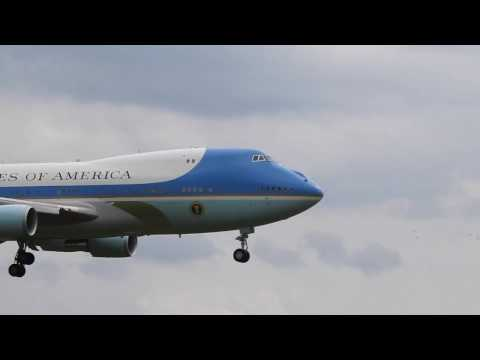 AWESOME FOOTAGE - Air Force One 5-4-16 Flint Bishop Airport