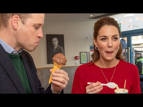 Prince William and Kate Middleton enjoy ice cream in Wales