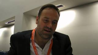 Mark Shuttleworth Chillin on Ubuntu 13.04