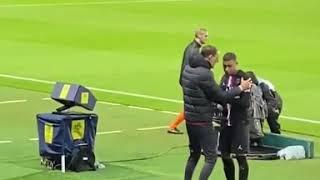 Мбаппе психанул после замены в матче с Монпелье ПСЖ выиграл 5 0