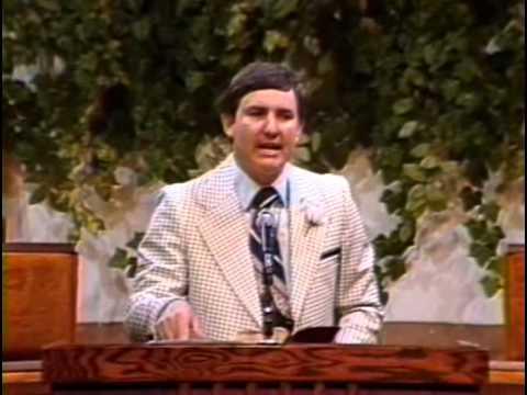 Matthew 1 lesson by Dr. Bob Utley