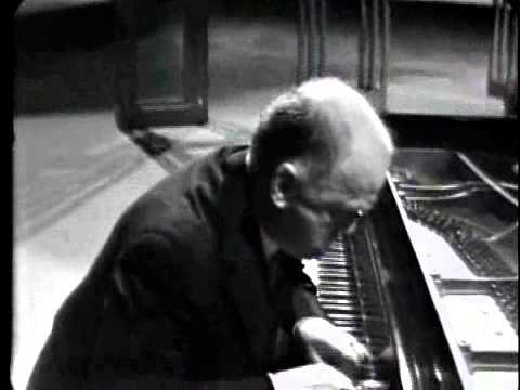 Maurice Ravel - Jeux d'eau (Sviatoslav Richter)