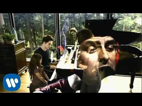 "Green Day: ""The Forgotten"" - [Official Music Video]"