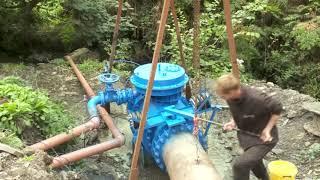 НАСОС качает ВОДУ без ЭЛЕКТРИЧЕСТВА. PUMP pumps WATER WITHOUT ELECTRICITY