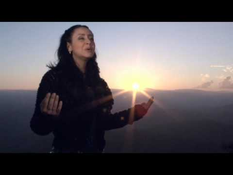 TALITA PAGLIARIN - Deus de Aliança - Video Clipe