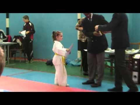 Награждение за занятое первое место! Первая медаль дочери!!!!