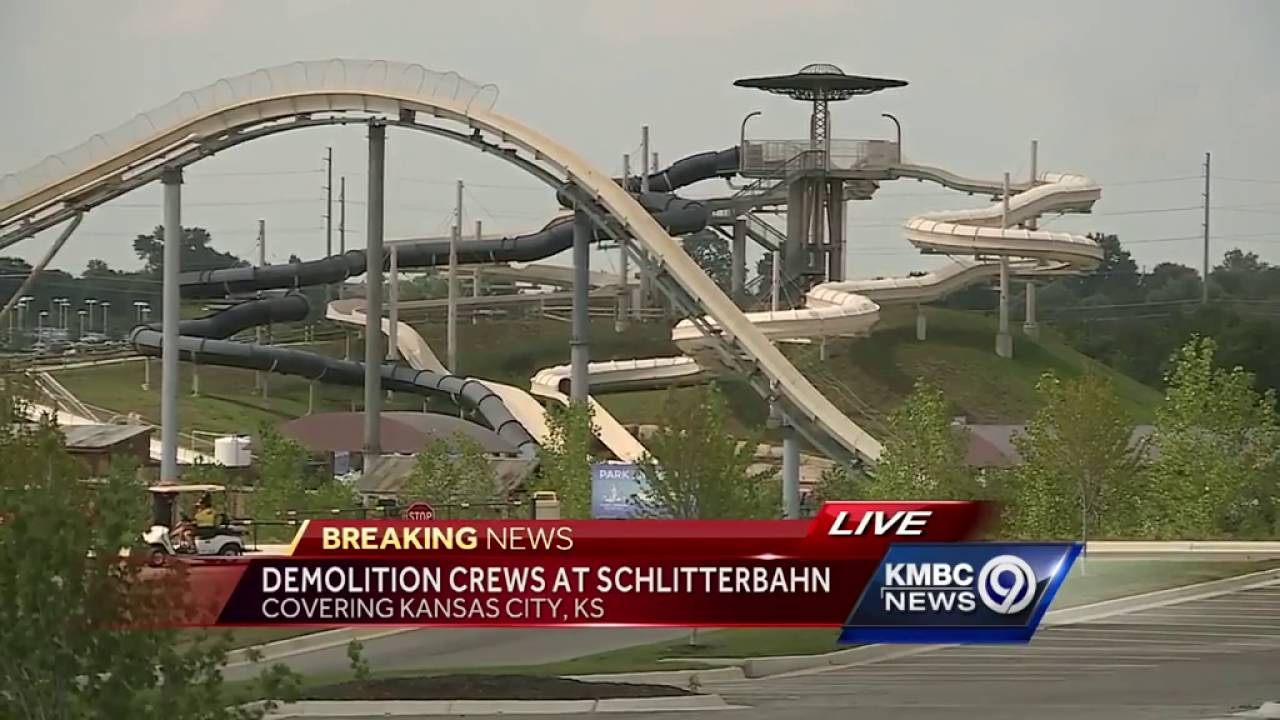 f7212771 Crews take apart portion of 'World's Tallest Water Slide' following child's  death