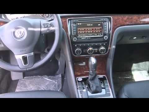 2013 Volkswagen Passat 2.5L SEL Premium w/PZEV