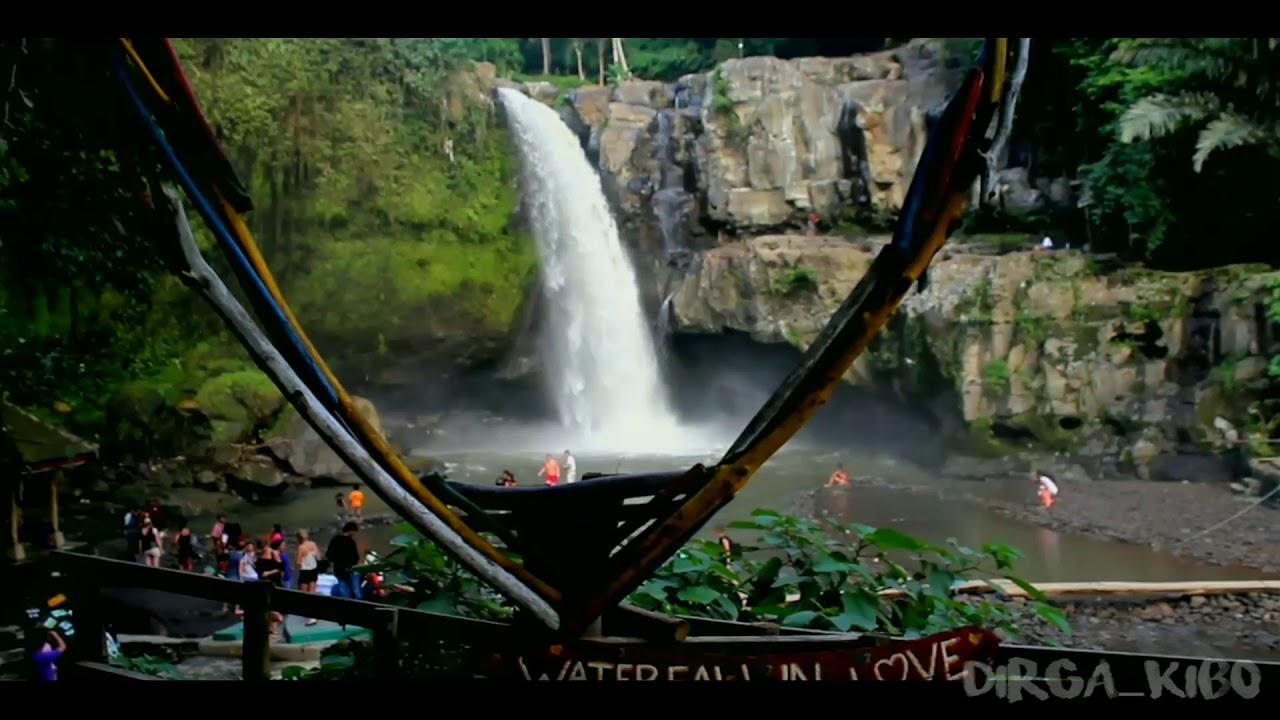 Tegenungan waterfall /air terjun tegenungan. Sukawati ...