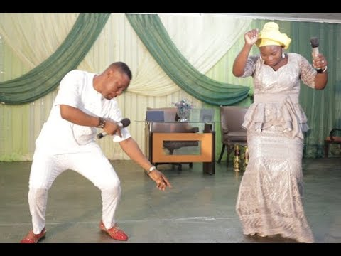 People dance their heart out as Dare Melody and Bunmi dazzles everyone with Praise