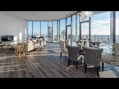 A spectacular South Loop penthouse apartment at the new 1001 South State