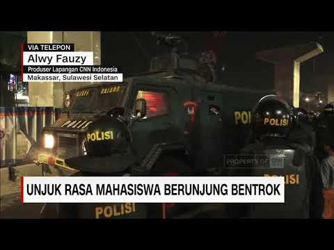 Unjuk Rasa Mahasiswa di Makassar Berujung Bentrok
