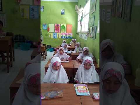 B. Arab Kelas 3 Apa Yang Ada Di Sekitar Kita?  SDIT TAWAKKAL PACITAN