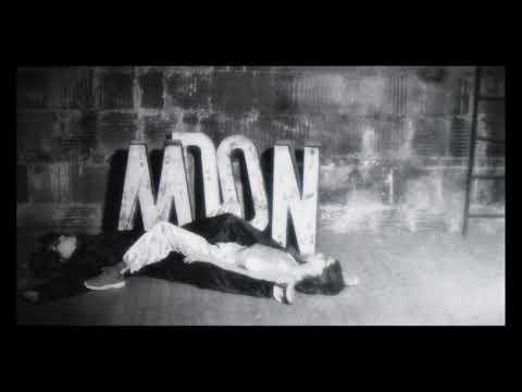 Turnstile - Moon [OFFICIAL VIDEO]
