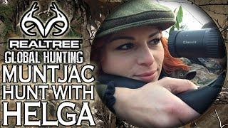 Muntjac Hunting With Miss Hunter of Germany: Helga's First UK Hunt!