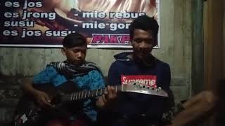 Cinta luar biasa Cover Ukulele.mp3