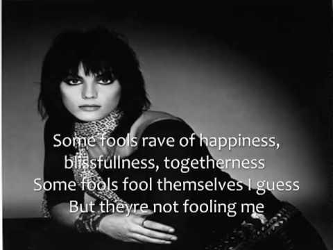 Joan Jett - Love Hurts