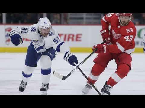 Kucherov joins elite company with hot start, but Devils defeat Bolts