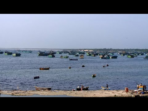 इंडिया का एक नम्बर धाम रामेश्वर का समंदर किसी नही देखा हैं तो देखलो यहा से श्रीलंका 16 किमी दूर।