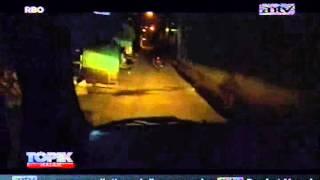 Video [ANTV] TOPIK, Prostitusi Mobil Etalase Menjaja Cinta Sesaat Dalam Kemasan Baru download MP3, 3GP, MP4, WEBM, AVI, FLV Maret 2018