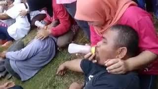 vuclip Lomba agustusan tergokil (ngentot botol susu)