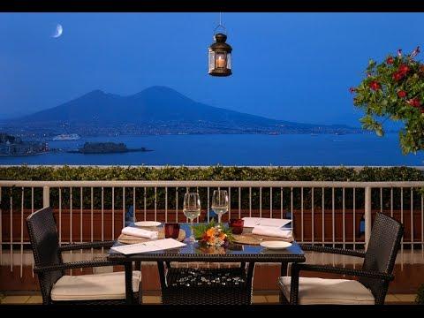 Best Western Hotel Paradiso Napoli: una terrazza sul Vesuvio - YouTube