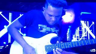 dormi na praça solada Elias na guitarra j Reis na base