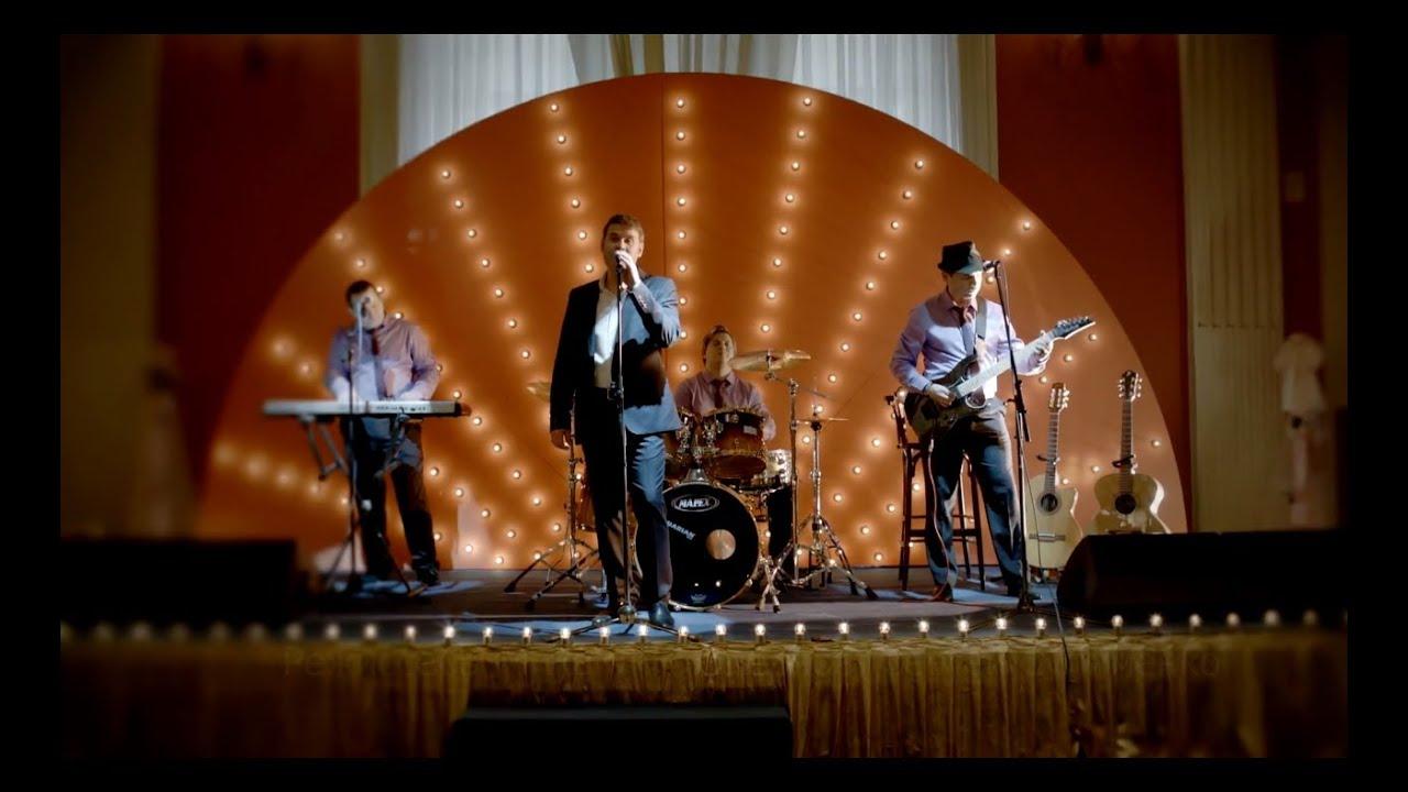 """ПРЕМЬЕРА! Андрей Бандера — """"Осень в Москве"""" (Official Video/HD)"""
