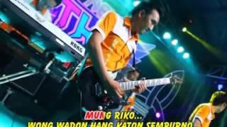 Single Terbaru -  Full Vita Alvia Feat Demy New Thr Music