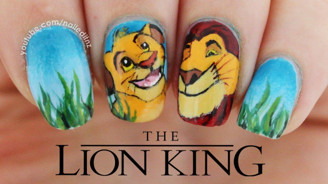 lion king handpainted nail