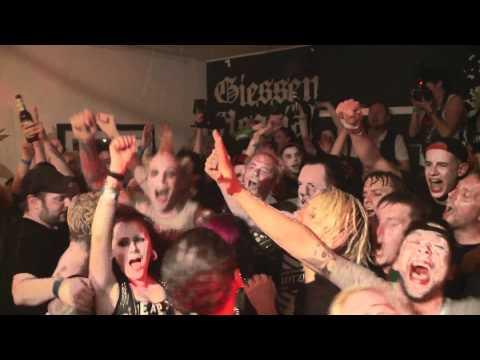 Die Toten Hosen: Tag 3 - Gießen - Magical-Mystery-Tour 2012 / Das Videotagebuch